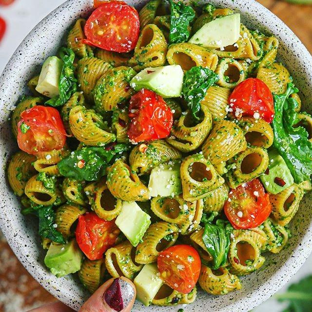 Kale Cashew Pesto Pasta (Vegan, GF)