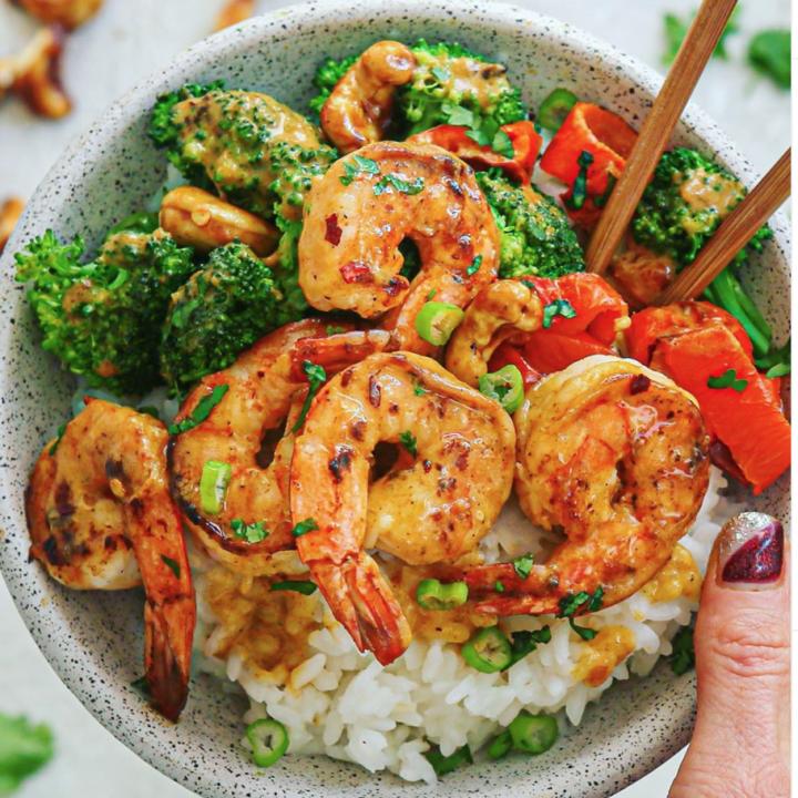 Healthy Thai Cashew Shrimp (Whole-30 friendly)