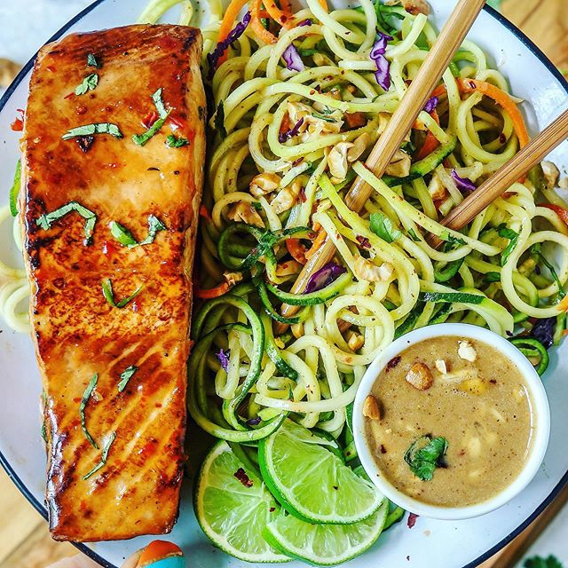 Almond Ginger Thai Zoodle Salad with Sweet Chili & Lime Salmon