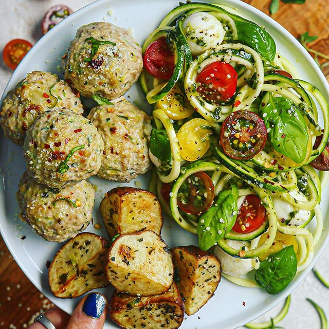 Italian Turkey Ricotta Meatballs and Pesto Caprese Zoodles (dairy-free option)