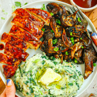 BBQ chicken, crispy roasted balsamic garlic mushrooms and quick dairy-free creamy spinach mashed potatoes.